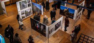 Bezoekers tijdens de expo door Tessa Runau